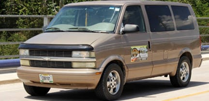 Belize shuttle-van
